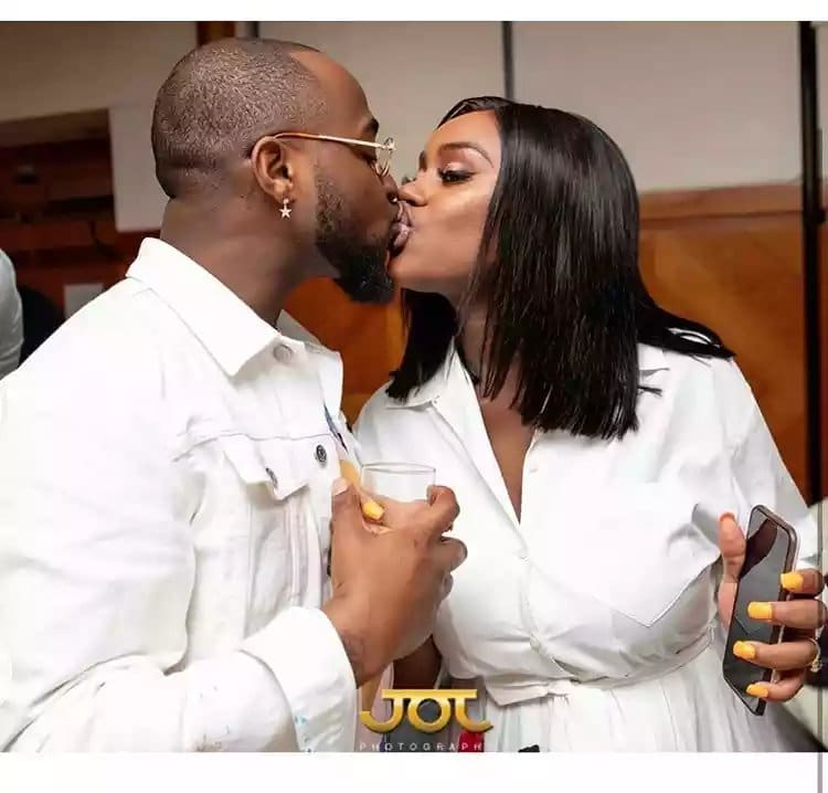 Hilarious! Internet users react to unconfirmed claims that Chioma is not Peruzzi's cousin but his former side chick